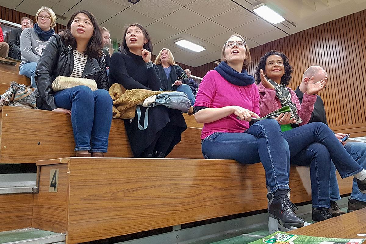 TREFFPUNKT beim Besuch eines Spiels der 2. Basketball-Bundesliga der Damen